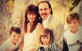 A young Brian and Bobbie Houston with their children. Circa 1985.