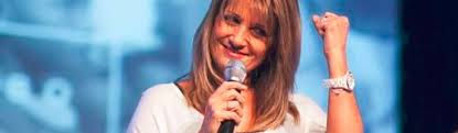 Bobbie Houston. Living and loving in a spiritual vacuum. Nothing worthy to say. A paradigm of christian worldliness and vanity. Living in a spiritual vacuum.