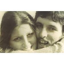 Bobbie and Brian Houston in their late teens